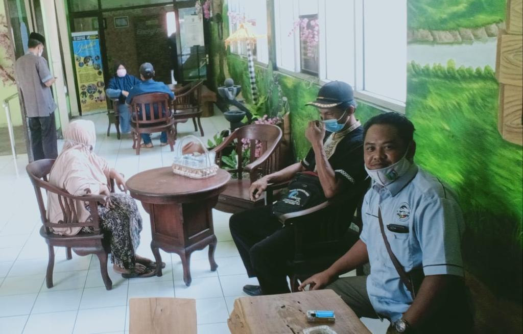 Dinsos dan TKSK Jombang Fasilitasi Klien Tunanetra ke UPT RSBN Malang