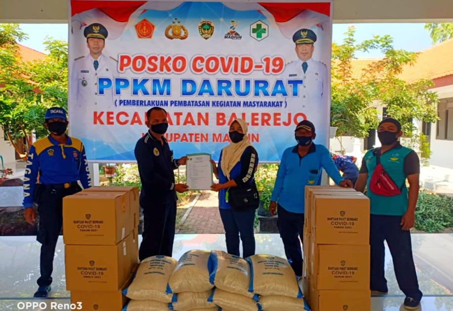 Distribusikan Bantuan bagi Korban Covid-19, Dinsos Kabupaten Madiun Terjunkan Tagana dan KSB Siogo Gati Mulyo